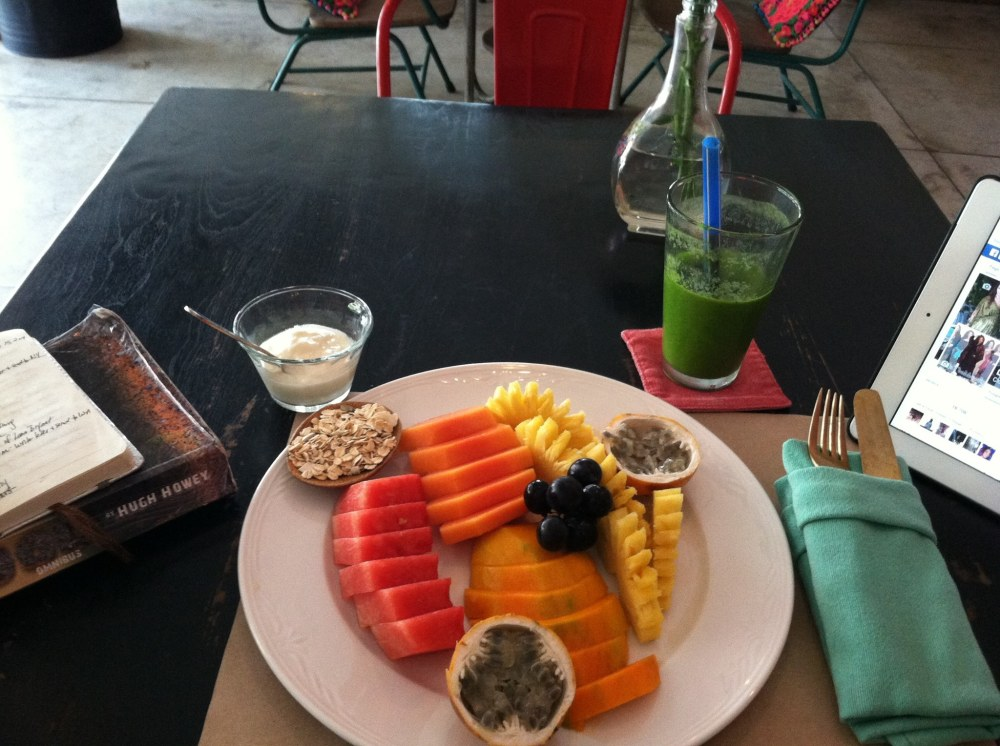 Found myself here at Sugarcane again... Fruit platter: mangoes, pineapples, watermelon, papaya, grapes, oats, yogurt and one fruit in particular that I can't recall the name of along with their filling green smoothie. ~in Canggu, Bali - Indonesia~