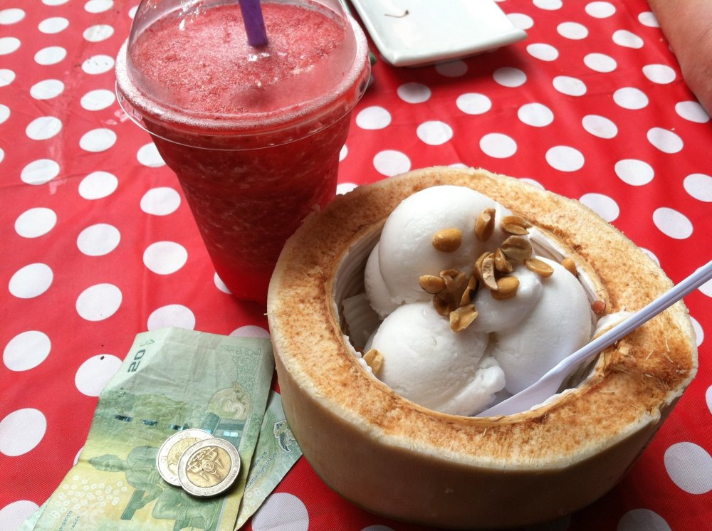A well deserved bowl of coconut ice-cream along with a watermelon smoothie should keep me from melting in this atrocious heat while I'm walking around Chatuchak market, in Bangkok, Thailand~